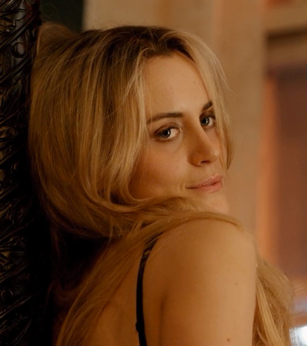 5_Orange Is The New Black - Taylor Schilling