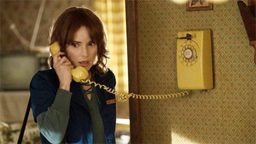 Stranger Things- Winona Ryder