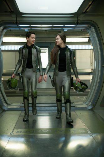 Ender's Game- Asa Butterfield, Hailee Steinfeld