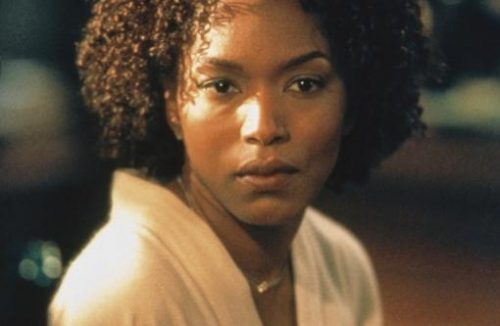 19_The Score_Angela Bassett