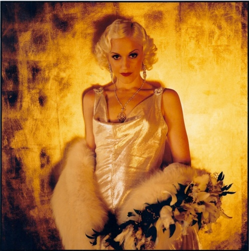 The Aviator- Gwen Stefani