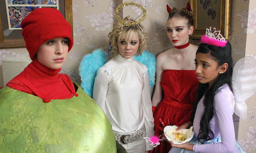 Angus,Thongs and Perfect Snogging- Georgia Groome, Eleanor Tomlinson