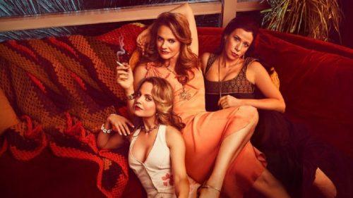 American Woman- Mena Suvari, Alicia Silverstone, Jennifer Bartels